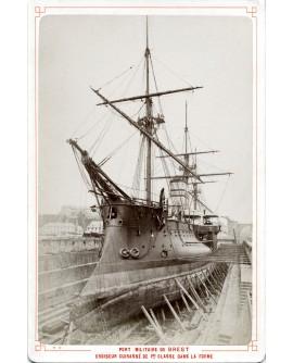 Croiseur cuirassé 1ére classe au port de Brest