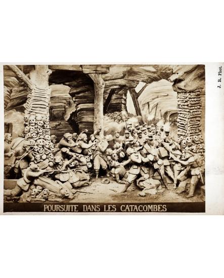 Série Ruines de Paris, Poursuite dans les catacombes