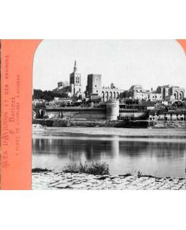 Vue générale de la ville d'Avignon