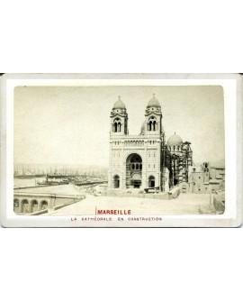 Marseille. La cathédrale en construction