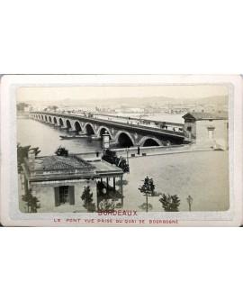 Bordeaux. vue prise du quai de Borgogne