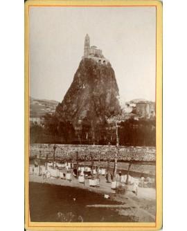 Rocher de Saint-Michel au Puy. 1879