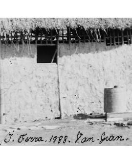 Tonkin. Poste de garde dans un village en 1888