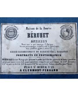 Première étiquette du photographe Bérubet