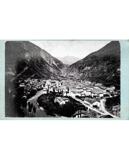 Vue générale de la ville de Moutiers. Savoie