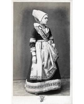Costume de Basse Bretonne de Foësnant à 3 heures de Quimper