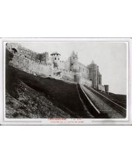 Carcassonne (la citér). Montée de la porte de l'Aude