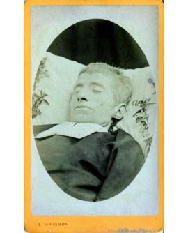 photo mortuaire d'un prêtre