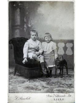 Couple d'enfants. Robert et Daniel Serine