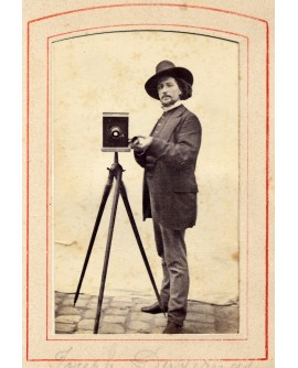 Autoportrait du photographe Duvernay