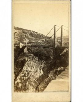 Pont (suspendu) sur le Drac en Isère