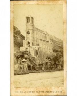 Notre Dame de Lourdes, grotte miraculeuse.