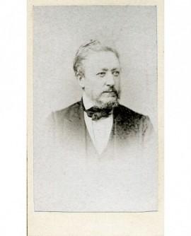 Portrait d'un homme barbu. M. Dessernay