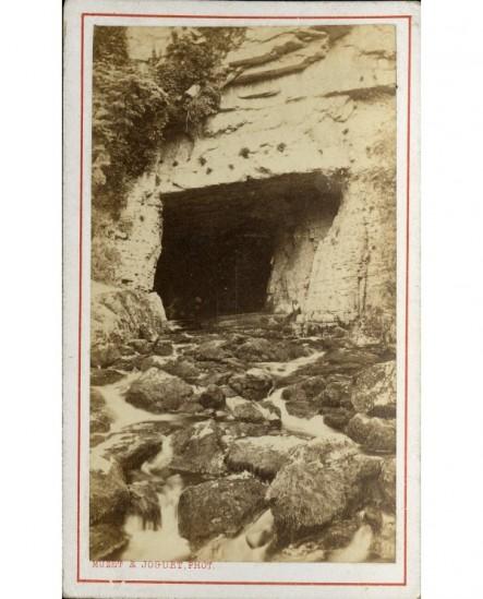 Entrée d'une grotte