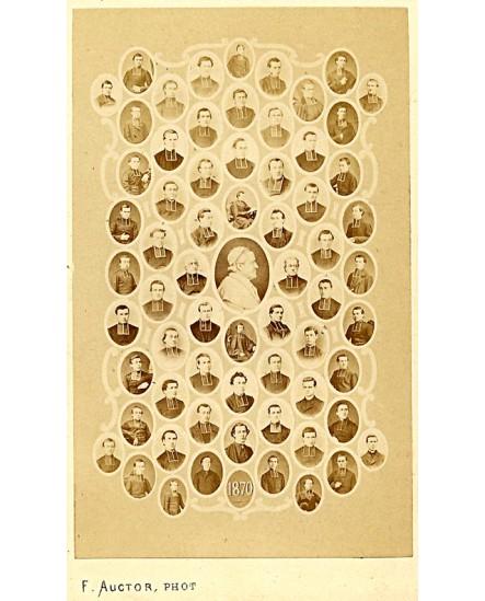 Mosaïque d'ecclésiastiques autour du pape Pie IX, 1870