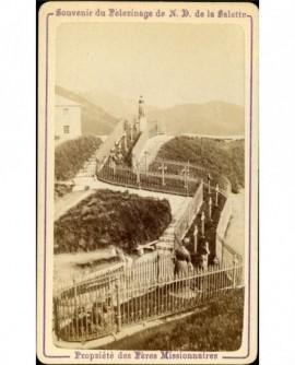 Souvenir de N. D. de la Salette (le chemin de croix)
