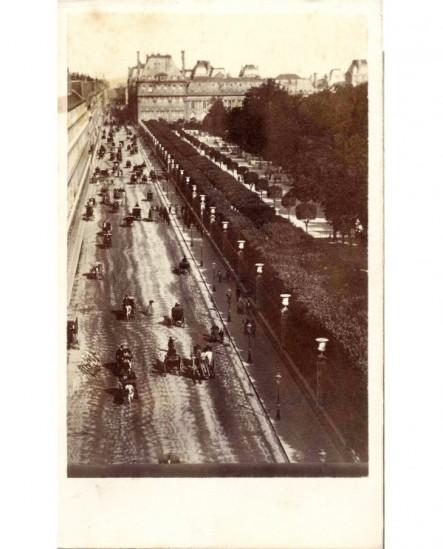 Paris: la rue de Rivoli et le jardin des Tuileries (1867)