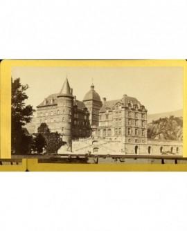 Le château de Vizille vu du parc, avec le grand escalier