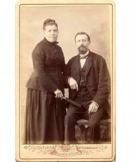 Couple posant