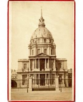 Façade de l'église St Louis des Invalides