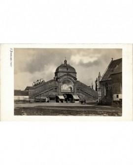 Batiment (église ou marché couvert de Lorient?)
