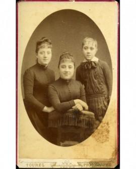 Portrait de trois jeunes filles (les soeurs Armand)
