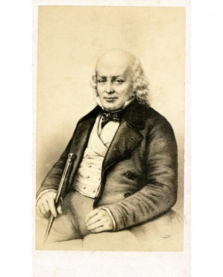 Portrait lithographié de Béranger, assis, sa canne à la main