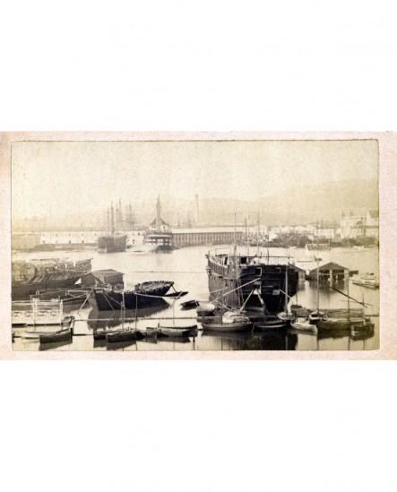 Port de Toulon: début des entrepôts et bagne