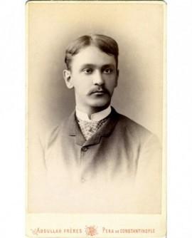 Portrait d'un homme à moustache (grec de Péra)